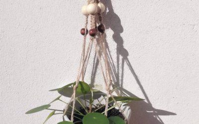 Le DIY du mois : une suspension pour plantes en macramé